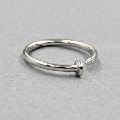 Classic nail ring in silver