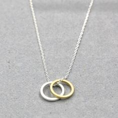 Double circle necklace in silver