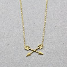 Crossed arrow necklace in gold