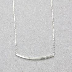 Curved bar necklace in silver