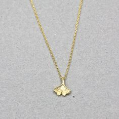 Ginkgo leaf necklace in gold