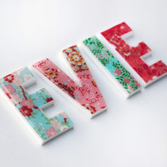 Personalised girls' name letters (price per letter)