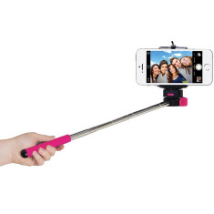 Telescopic selfie snapper stick with bluetooth button