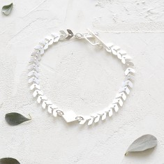Andromeda arrow link bracelet