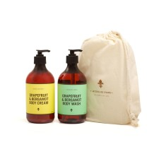 Body essential gift pack