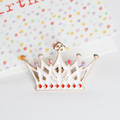 Princess crown brooch pin