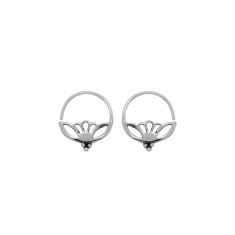 Riya Sleeper Earrings