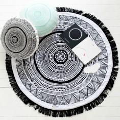 Wakul (One) Love Cotton Play Mat In Black on White