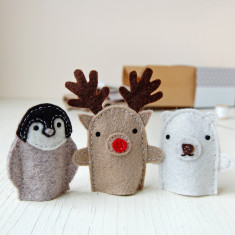 Make Your Own Winter Finger Puppets Craft Kit