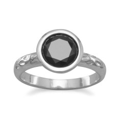 Crystal noir ring