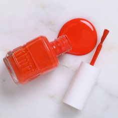 Nail polish in Tangerine Peel