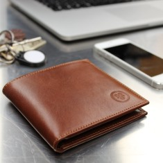 Vittore Classic Men's Leather Billfold Wallet
