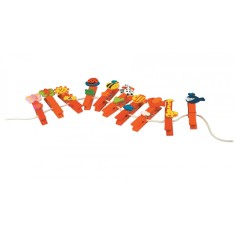 Kids' art hanger