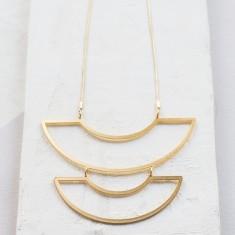 Agnes long necklace