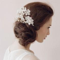 Bride flowers pearl hair comb