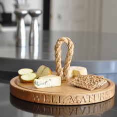 Personalised Oak Round Board (thin with rope)