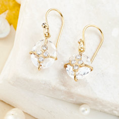 Parcel earrings with rock crystal