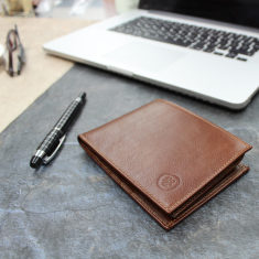 The Gallucio Tri-Fold Leather Wallet