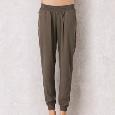Sevilla pants in olive green