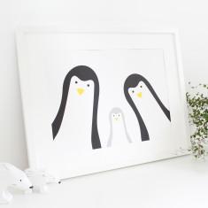 Family selfie penguin print