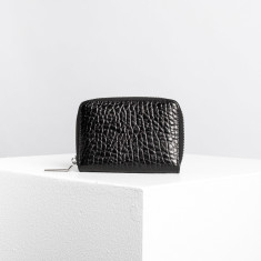 The vice wallet in pebbled leather