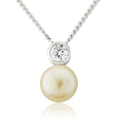 Solitaire White Pearl with Cubic Zirconia Necklace