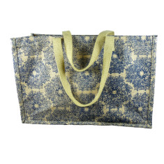 Carpet bag in lace print