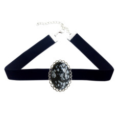Brigitte choker in silver with black stone