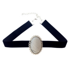 Brigitte choker in silver with white stone