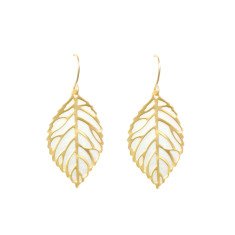 Leaf vein earrings in gold