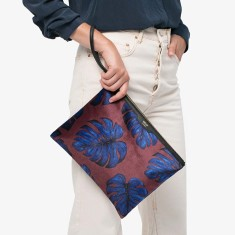 Wouf XL clutch in leaves print