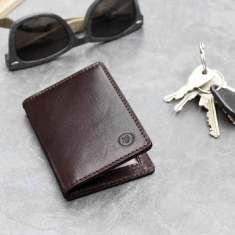 Vallata travel card holder