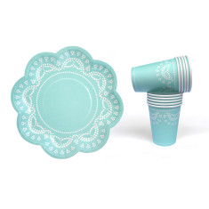 Lovely lace tiffanesque blue paper plates and cups