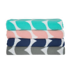 Wave baby or cot blankets (4 colours)