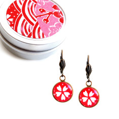 Vintage style Japanese chiyogami lever-back earrings in sakura