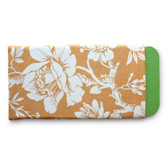 Gardener's kneeling pad in mellow yellow