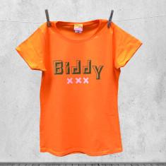 Biddy t-shirt for older women