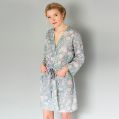 Short Kimono in Grey French Fleurs
