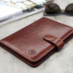 Vieste italian leather travel document wallet