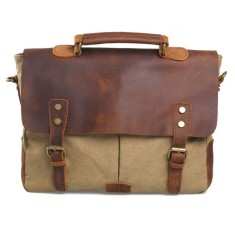 Retro messenger bag in tan