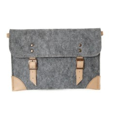 Grey felt laptop case with beige leather