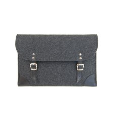 Dark grey felt case for your laptop with black leather