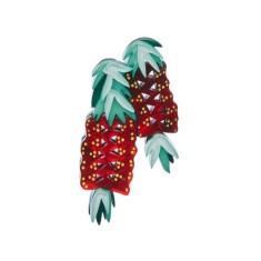 Erstwilder crimson callistimon brooch