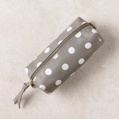 Polka dots makeup bag in grey