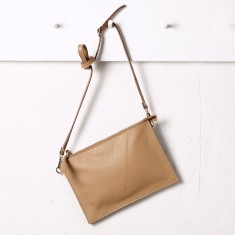 Manon handbag in tan