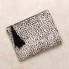 Masai Mara clutch in Cheetah
