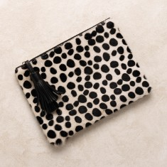 Masai mara clutch in spotted hide