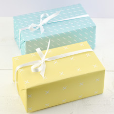 Essentials Gift Wrap Set