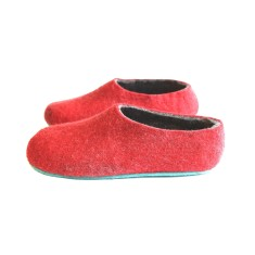 Men's felt slippers in red with colour sole (8 options)
