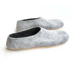 Men's felted slippers in charcoal with cork sole